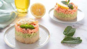 Tartare di salmone e avocado con couscous integrale